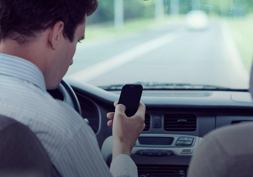 Reducing distractions while driving